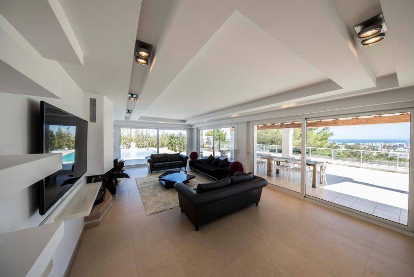 12.livingroomEE