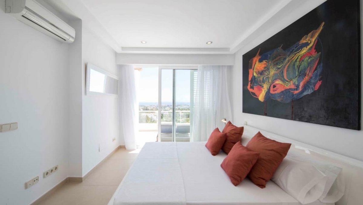32.bedroomsuite2B