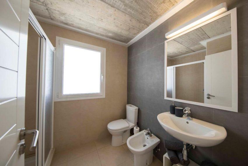 43.bathroom5