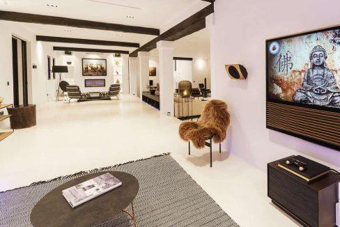 Living Room 8 - eivipvillas
