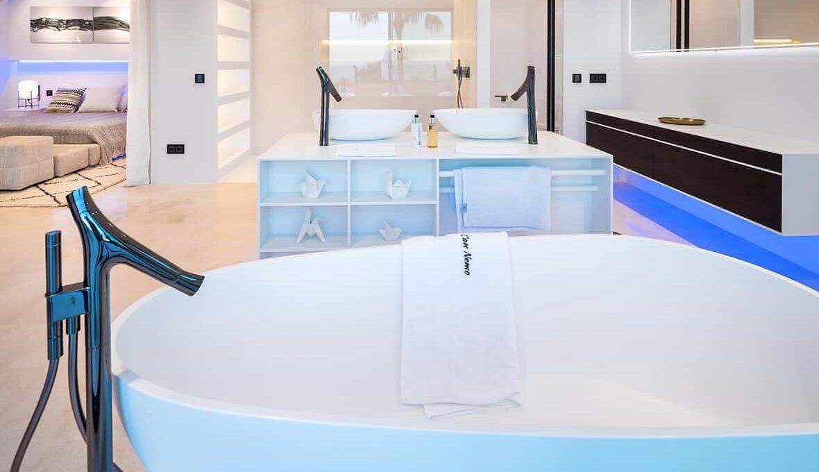 Master bedroom 5 - eivipvillas