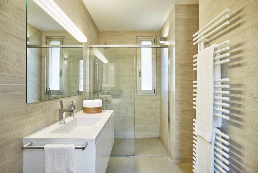 Bathroom_1 copy (Custom)