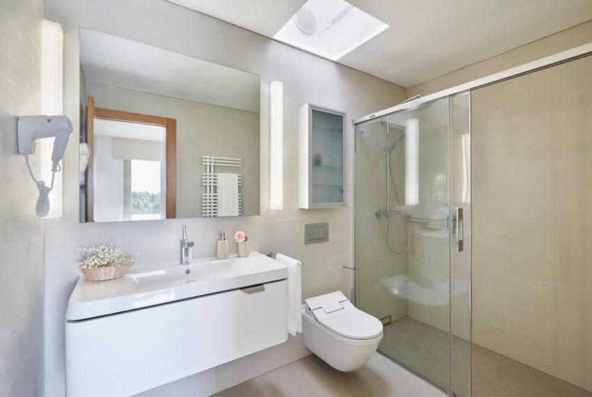 Bathroom_3 copy (Custom)_1