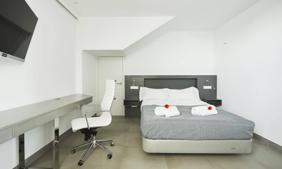 Bedroom_2_1 copy