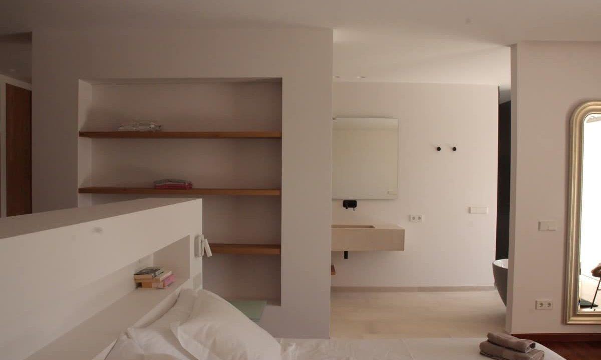 Villa Cult - Room 5 Master - C