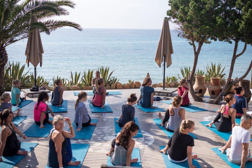 Aiyana beach yoga and breakfast